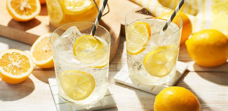 メイヤーレモンのレモネード