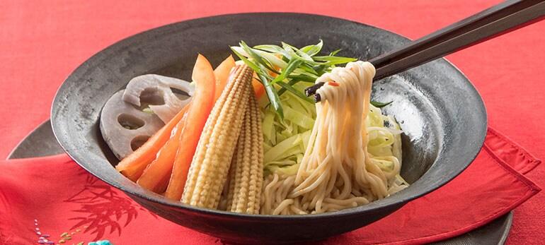 [Kit]冷製汁なし坦々麺(こんにゃく麺)