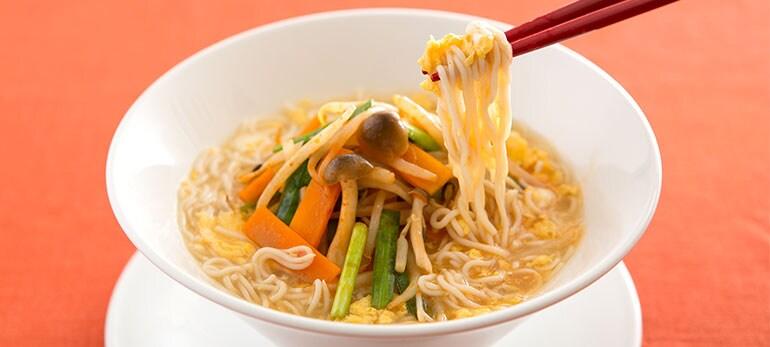 [Kit]4種野菜のまろやか酸辣湯麺(こんにゃく麺)