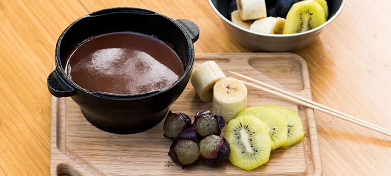 [Kit]季節のフルーツでとろーりチョコフォンデュ