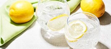 天然水の恵み Sparkling レモン