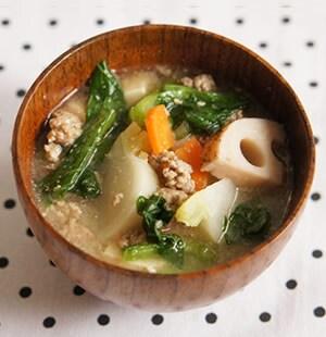 小松菜のごま味噌汁